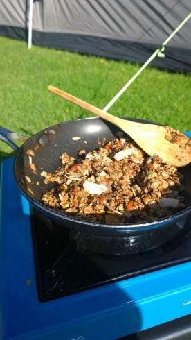 camping granola mid